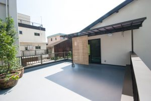 都島の新築町家 バルコニー
