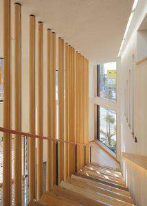 京都木材会館 階段室