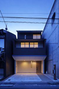 Hi-house